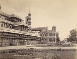Old & new Palace, Makarpura, Baroda